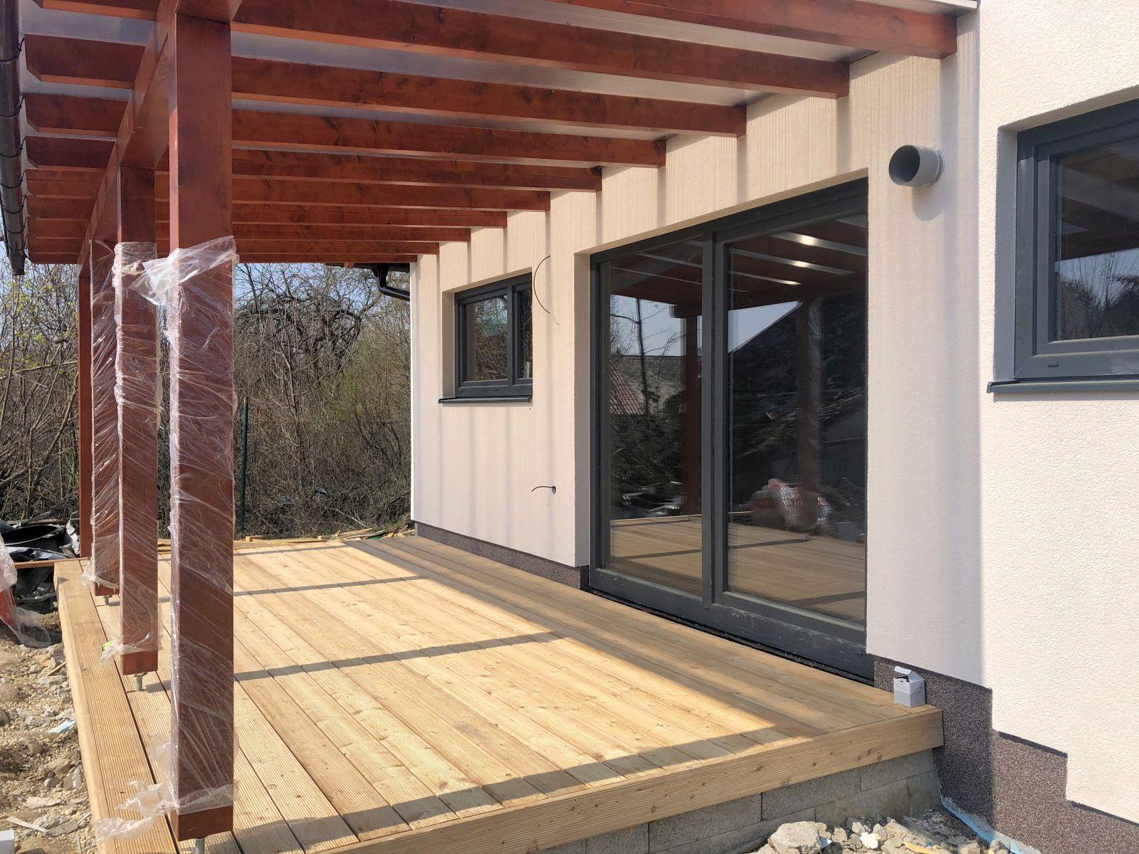 montáž drevenej terasy
