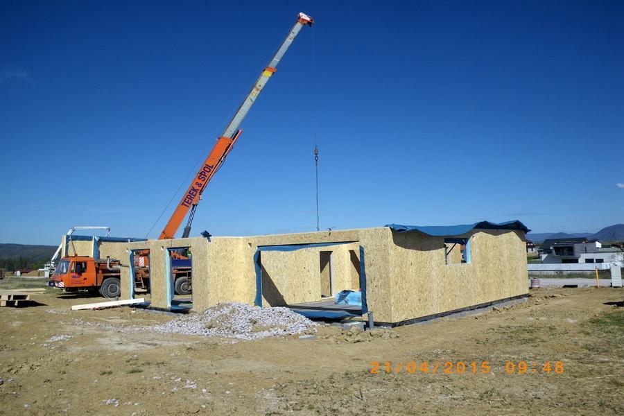 RD - Dulová Ves - montáž hrubej stavby