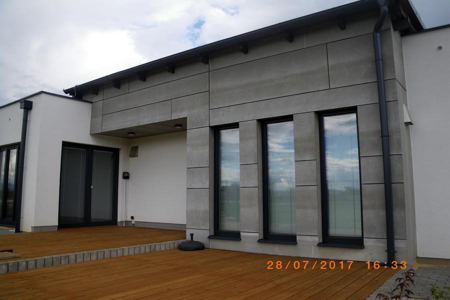 pohľad exteriér drevená terasa