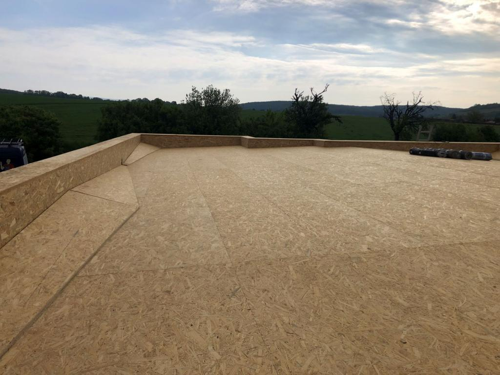 montáž plochej strechy